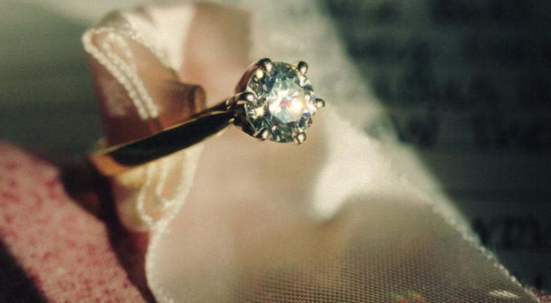 تلخيص العام 2016 في مجال الماس: زيادة صادرات الماس الخام بنسبة 23.1% وزيادة الواردات بنسبة 16.7%
