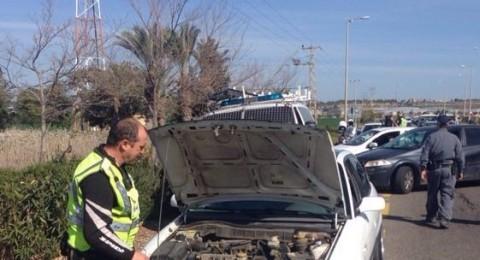 ضبط سائق من كفرقاسم، دون رخصة وأكثر من 40 ادانة!