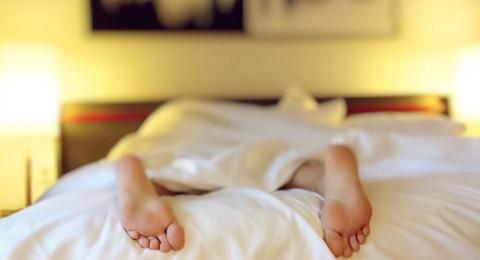 هل تتعرق خلال الليل؟ قد يكون علامة لهذا المرض الخطير!