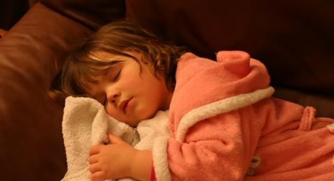 بحث: شخير الأطفال يمكن أن يشكل خطورة على حياتهم