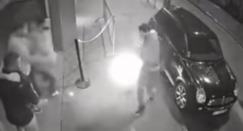 لقطات مرعبة لانفجار سيجارة إلكترونية في جيب رجل