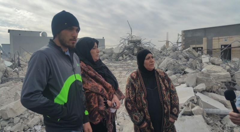 إضراب عام وشامل بالمجتمع العربي بعد هدم البيوت في قلنسوة