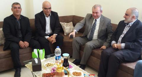 سفير جمهورية تشيكيا في زيارة لبلدية ام الفحم