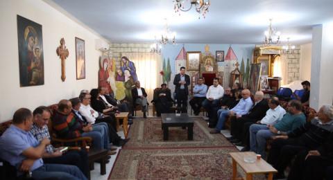 وفد من الحزب الشيوعي والجبهة يزور متضامنًا الكنيسة القبطية في الناصرة