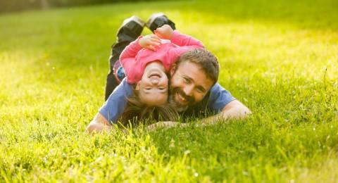 ما هو تأثير الأب على إصابه بناته بسرطان الثدي؟