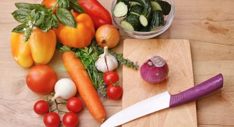 تعرف على 4 أطعمة لتنقية الكبد من السموم