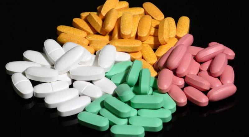 متى تفيدك المضادات الحيوية..  ومتى تضرك؟