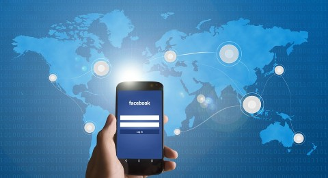 «فيس بوك» يطلق خاصية رفع الفيديوهات HD