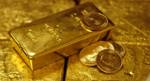 الذهب يستقر مع تباطؤ الأسهم العالمية
