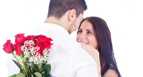 كيف تتخلصين من خجل زوجك في علاقتكما الخاصة؟