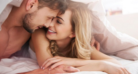 هذا هو السر للمحافظة على العلاقة الحميمة بعد سنوات من الزواج!