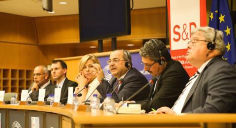 البرلمان الأوروبي يستجيب لطلب الحركة العربية للتغيير ومركز مساواة ويطالب: بالمساواة التامة للمواطنين الفلسطينيين في اسرائيل*
