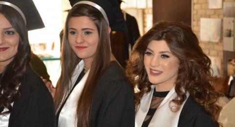 اجواء احتفالية في تخريج الفوج الثامن عشر من طلاب مدرسة الطب في مستشفى الناصرة