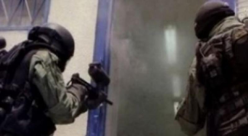 اقتحام قسم الأسرى المضربين بسجن