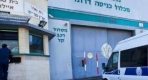 اسرائيل تتنصل من الاتفاق مع الاسرى الذي اضربوا عن الطعام وتعاقبهم