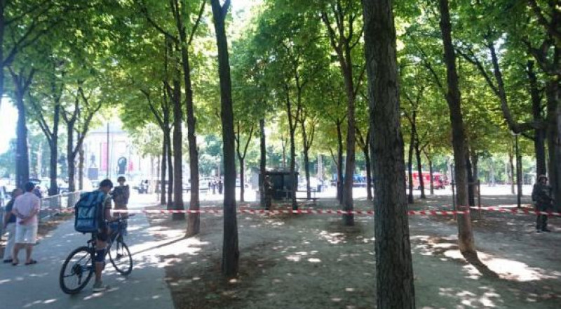 حدث أمني في شارع الشانزليزيه بباريس
