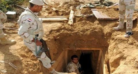 حماس تنتقد مصر بعد مقتل 3 فلسطينيين اختناقا بغاز الجيش المصري