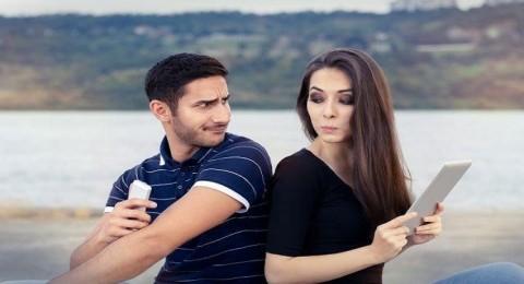 مفتاح الحفاظ على الصداقة يختلف بين النساء والرجال