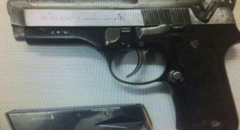 ام الفحم: اعتقال شباب بشبهة بيع السلاح