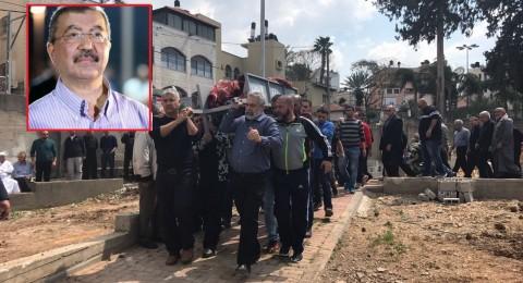 جماهير غفيرة تشيع جثمان القيادي د. الطيبي