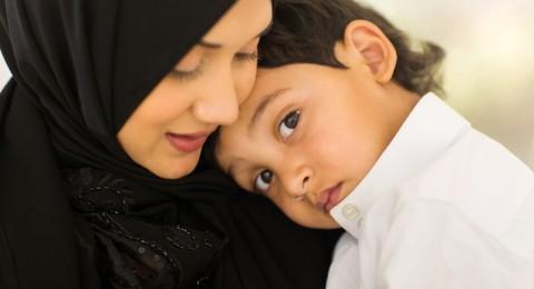 إليك هذه النصائح لحماية طفلك من الجفاف في رمضان