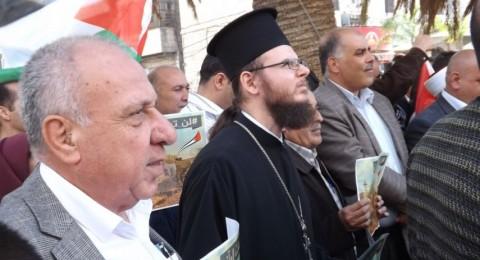 مسلمون ومسيحيون وسامريون يرفعون الأذان معاً بنابلس