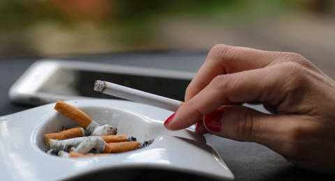 هل تقل خطورة الإصابة بالسرطان عند تدخين السجائر