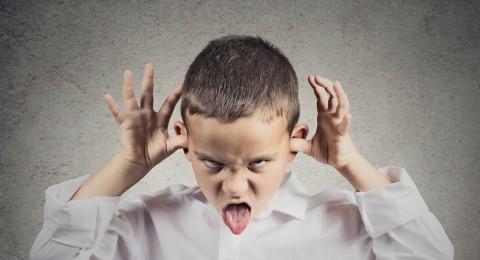 هل تزيد الحضانة من عدوانية الطفل؟