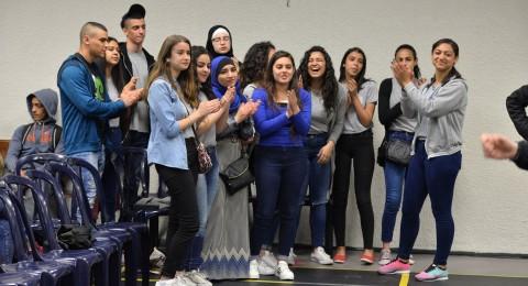 فرقة دندنة تبهر طلاب مدرسة أورط على أسم حلمي الشافعي عكا