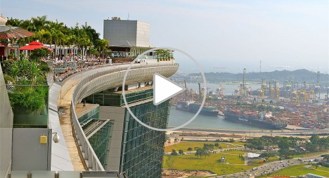 أطول حوض سباحة في العالم على سطح فندق