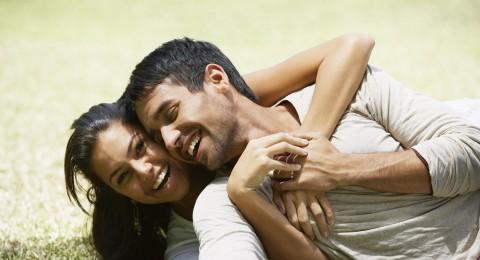 كيف تحافظين على العلاقة الزوجية بعد سن الأربعين
