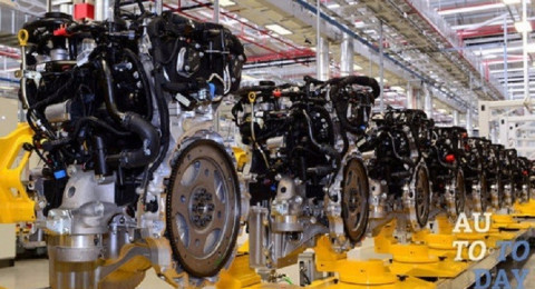 جاغوار تنتج محركات بأربع أسطوانات
