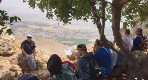 جولة لمعلمي المثلث ووادي عارة يتجولون في جبل وادي الحمام بجانب طبريا