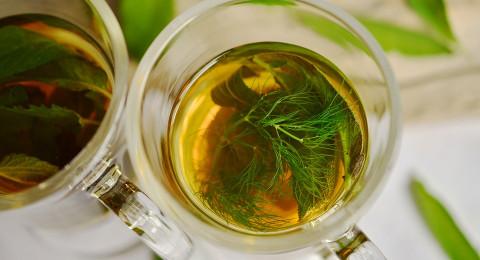 بالأعشاب الطبيعية .. علاج للتوتر والقلق