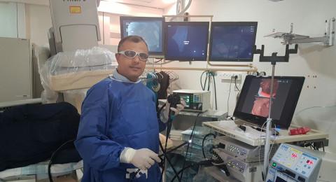 طبيب عربي يخترع إبرة ذكية لتشخيص آفات سرطانية