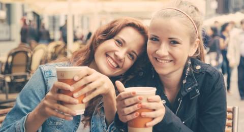 هل لديك صديق من النوع السام؟ اختبر صداقتكم